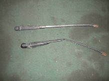 peugeot 205 1.9 1900 gti WIPER ARMS